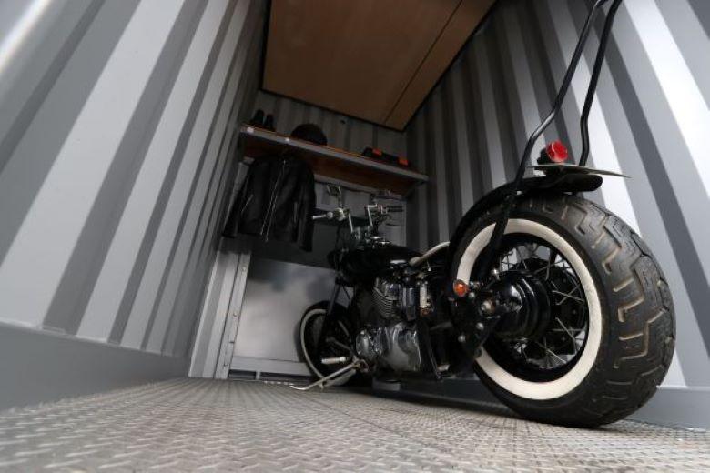 バイク駐車場がない!そんなときは便利なバイクガレージがおすすめ